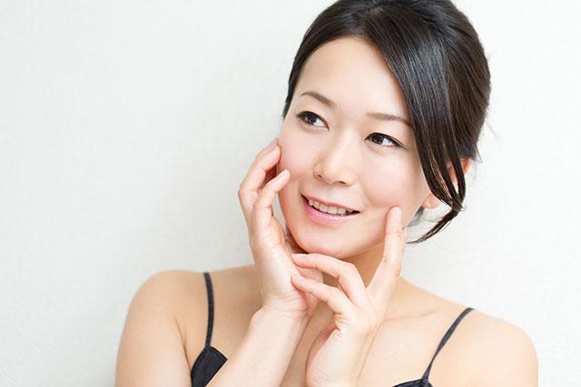 美容鍼で美肌と理想のフェイスラインを手に入れましょう